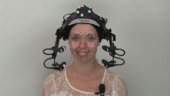 Шлем Vicon Cara с4-мя камерами на актрисе